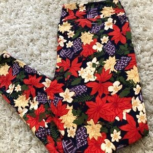 NWOT TC LuLaRoe Leggings!